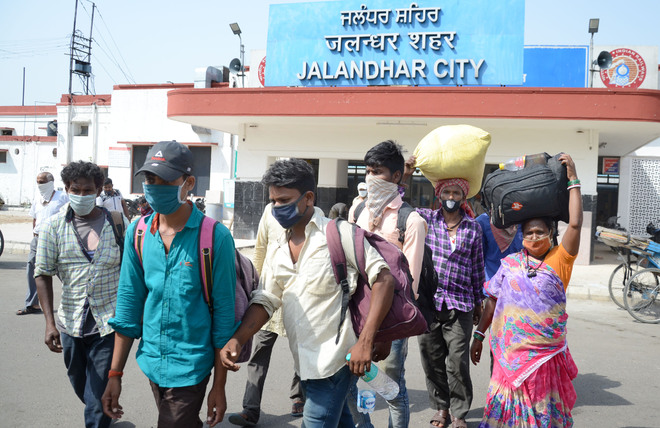 Migrants return ahead of paddy transplantation