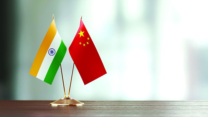 MEA tells Beijing to allow travel by Indians
