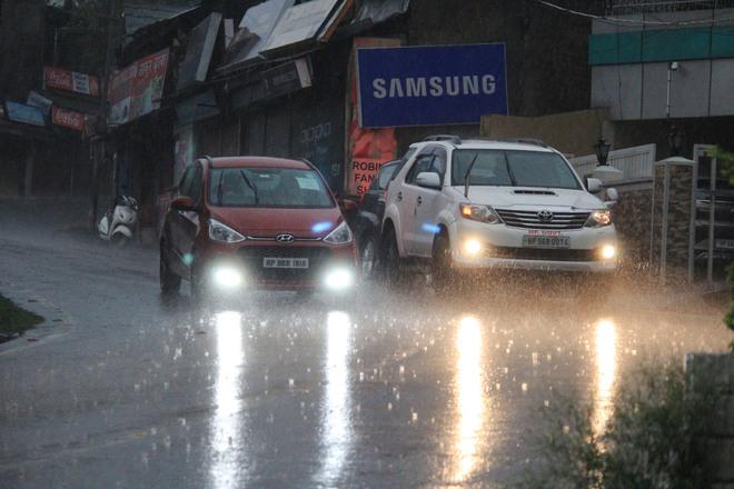 Rain lashes Himachal; storm alert