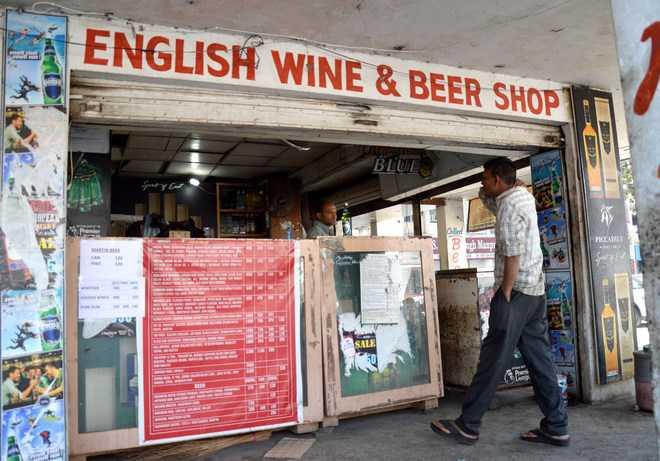 Excise Department cancels licences of two Jhajjar liquor vendors