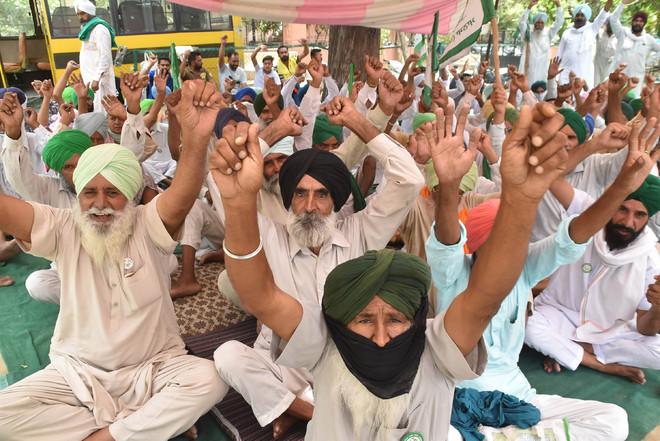 Police atrocities on protesters: Punjab Vidhan Sabha committee meets Bathinda farmers