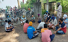 Without electricity for 8 days, farmers protest in front of grid