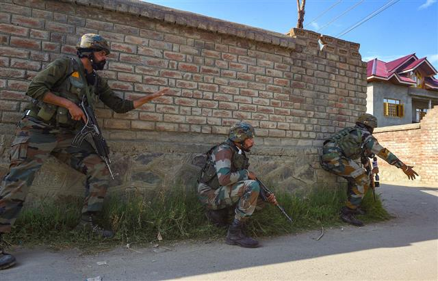 Top LeT commander among 2 militants killed in encounter in J-K's Shopian