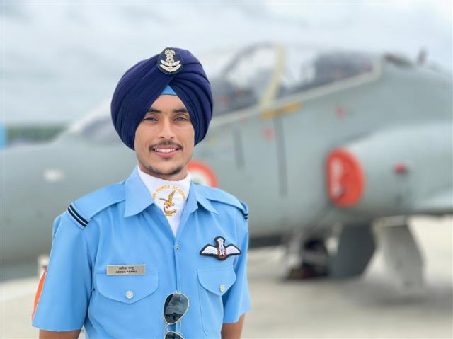 Marginal farmer's 19-year-old son from Tarn Taran district makes it to IAF as Flying Officer