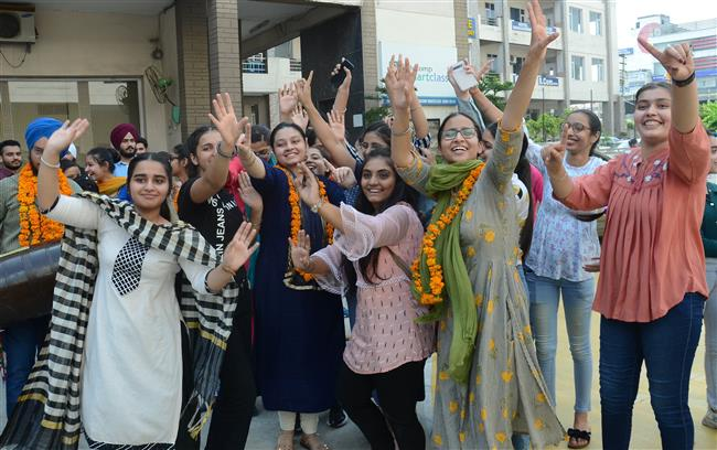 Amritsar Dist pass percentage soars to 94.46%