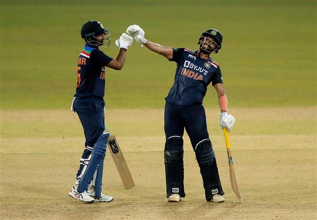 Chahar justified Dravid's decision to promote him, his batting was amazing: Bhuvneshwar