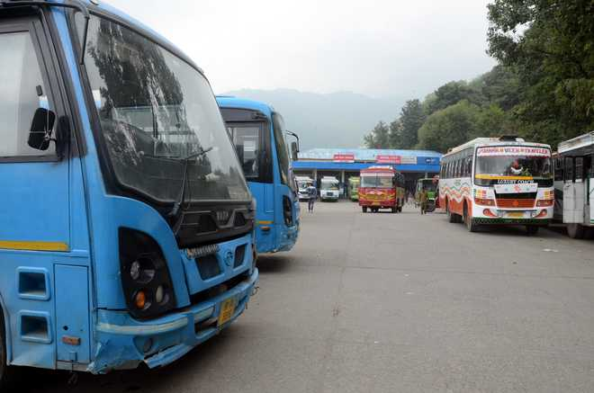 Punjab Govt to scrap 806 illegal bus permits, 150 Badal buses to be hit