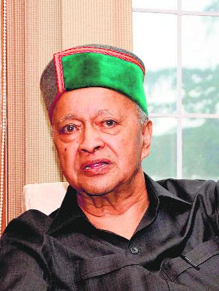 Himachal Ex-CM Virbhadra put on ventilator  after heart attack