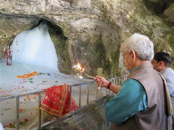 JioTV brings live 'aarti' of Amarnath shrine