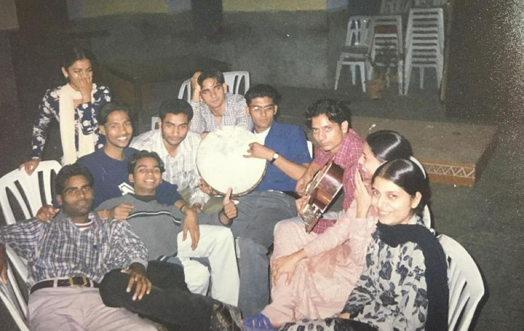 Can you spot Kapil Sharma in throwback photo from his college days?