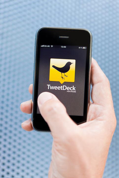 Twitter rejigs social media dashboard TweetDeck