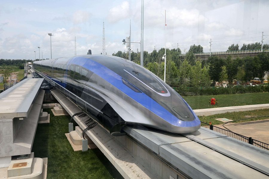 China rolls out 600 km/h high-speed maglev train