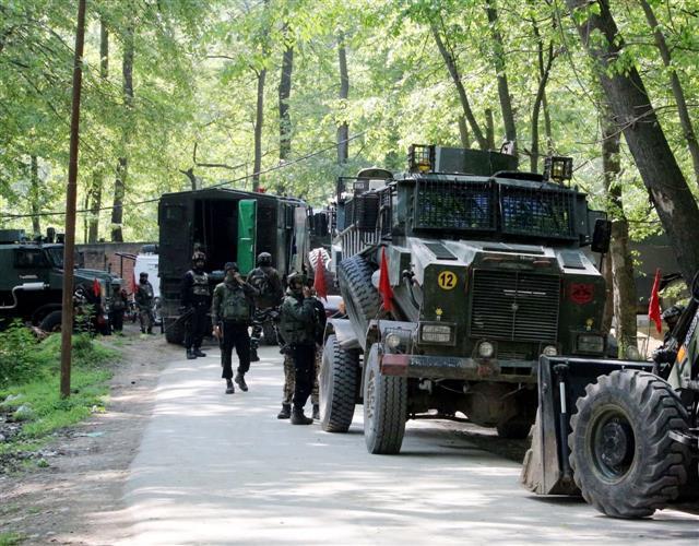 Militant killed in encounter in J&K's Kulgam
