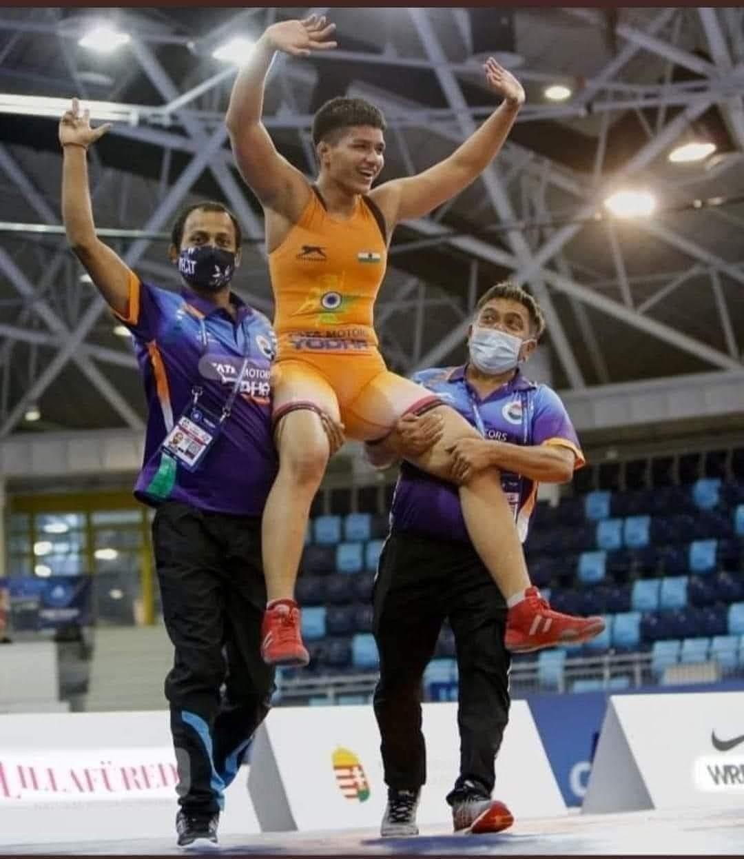 Celebrities trolled for congratulating wrestler Priya Malik for winning gold at Tokyo Olympics