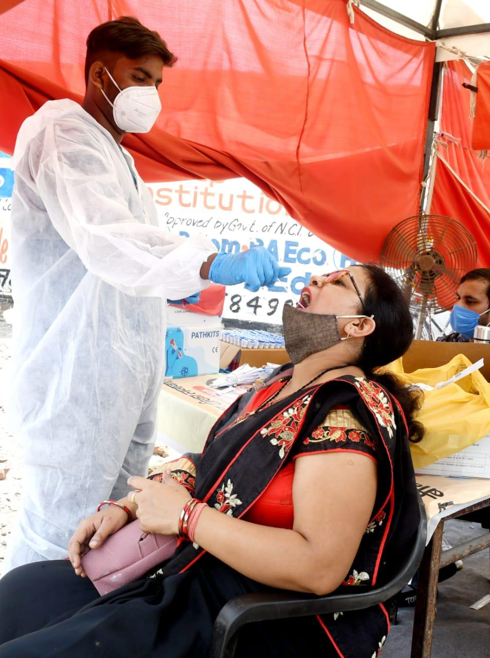 India records 41,649 new Covid cases, 593 more deaths
