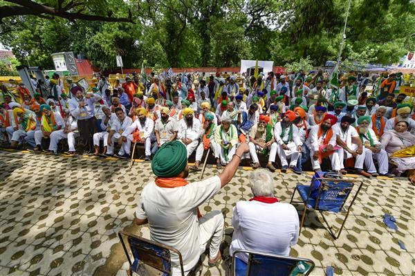 Kisan Sansad: Designated 'agriculture minister' resigns; farmers condemn Lekhi's 'mawali' remark