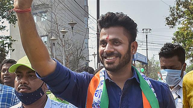 Sports Minister Manoj Tiwary included in Bengal senior team fitness camp