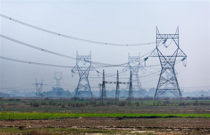 Why power-surplus state finds itself in a mess
