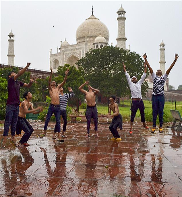 Heavy to very heavy rain expected in several parts of north India by Monday morning: IMD