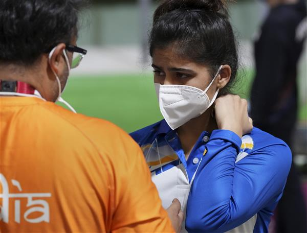 Tokyo Olympics: Manu Bhaker loses nearly 20 minutes due to technical snag, misses final spot