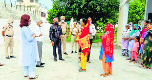 District and Sessions Judge visits Nabha jails, interacts with inmates