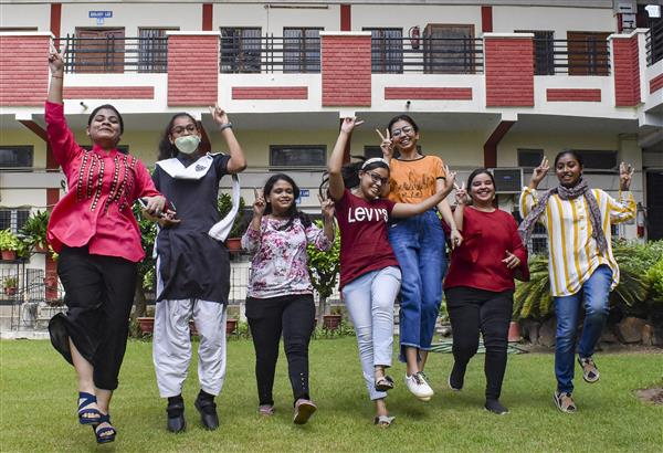 Over 80% more students than last year score above 95 pc