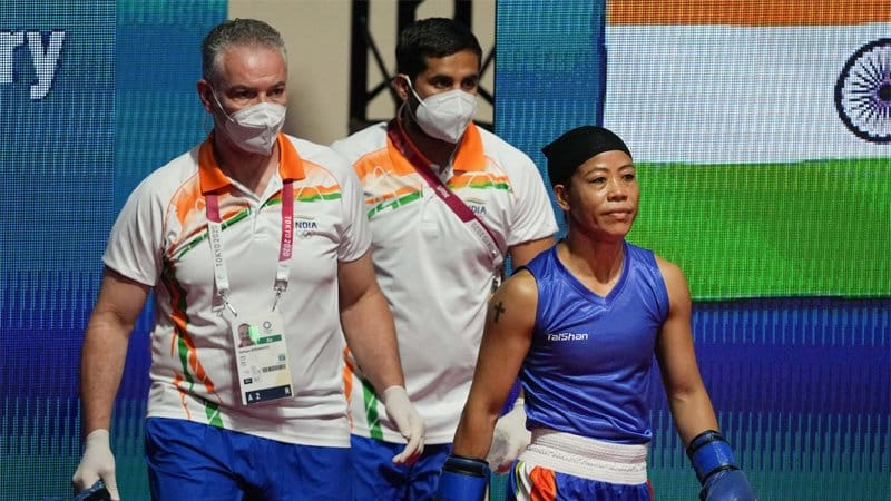 Mary Kom says she was asked to change dress a minute before her round of 16 bout; Twitter reacts