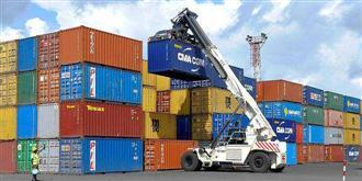 Exporters seek govt help amidst global container crises