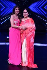 Actress Shilpa Shetty's mother Sunanda files cheating complaint against property agent
