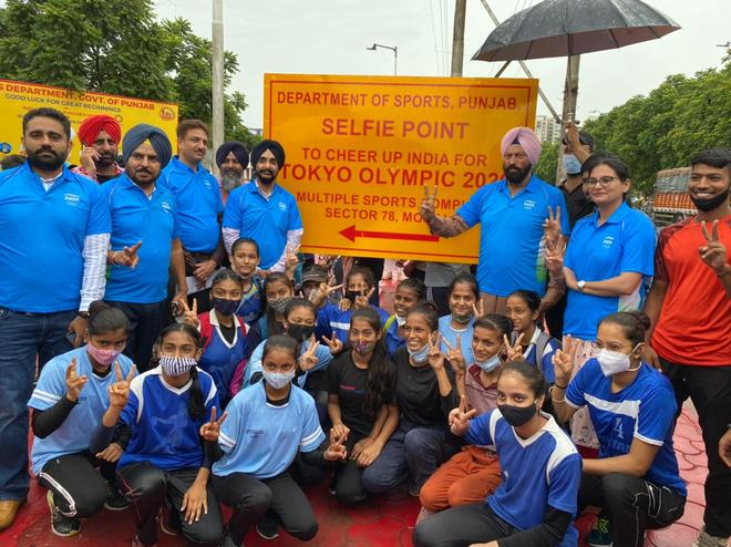 Mohali: Punjab minister inaugurates selfie point to cheer Olympic players