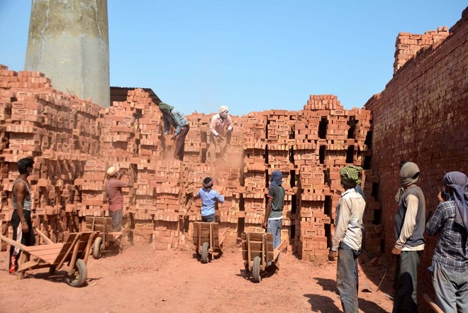 Brick-kilns seek relief from Haryana Govt for survival