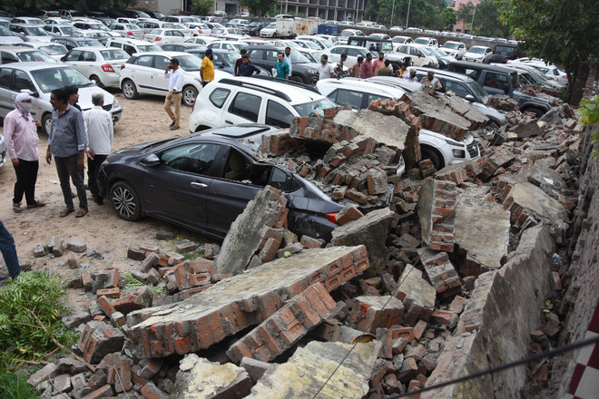 Ludhiana's book market parking lot wall collapses, several vehicles damaged
