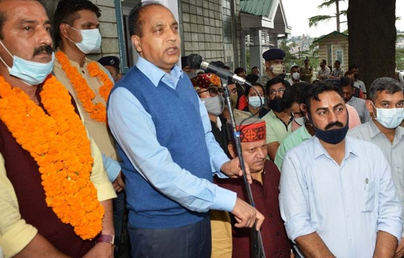 Himachal CM: Staff issues to be resolved soon