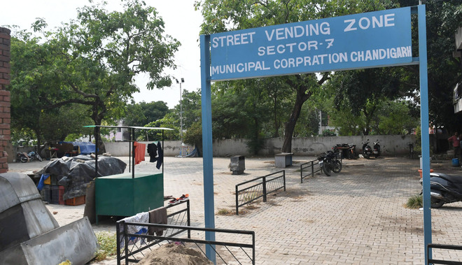 Licence fee: Covid renders over 6K vendors defaulters in Chandigarh
