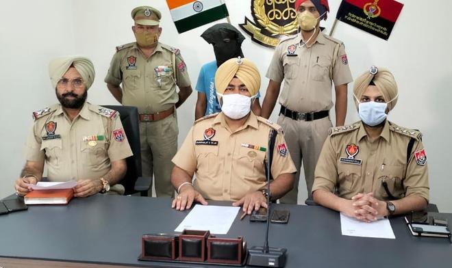 Key member of vehicle thieves' gang held