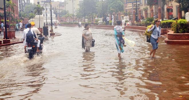 Amritsar: Hour-long rain exposes preparedness