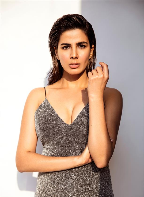 OTT is a safer option now, says actress Kirti Kulhari