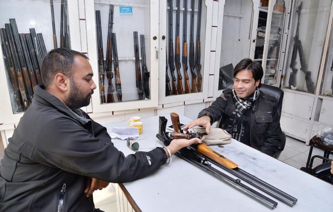 Ludhiana Police teams raid 16 gun houses