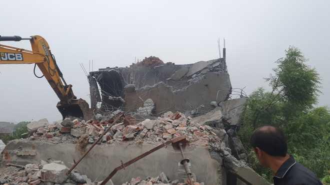 600 more structures razed at Faridabad's Khori
