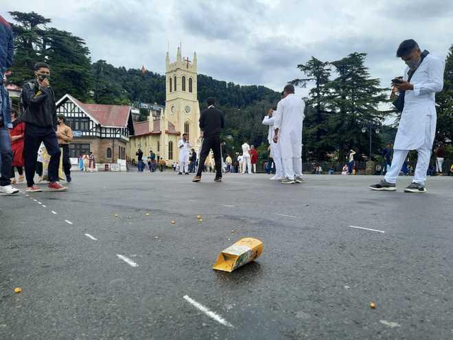 Shimla: Tourists litter The Ridge