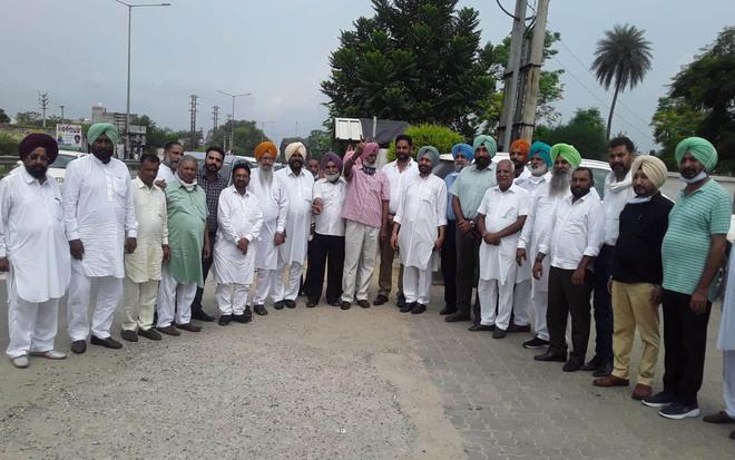 Congress workers from region attend Navjot Singh Sidhu's oath-taking
