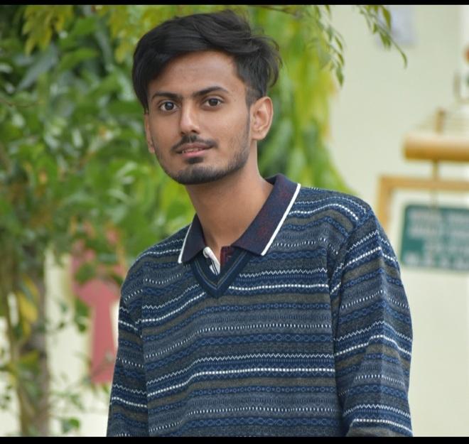 A digital media influencer,  this Hoshiarpur lad is making waves at 23