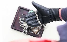 Women gang robs elderly of gold bangle in Zirakpur