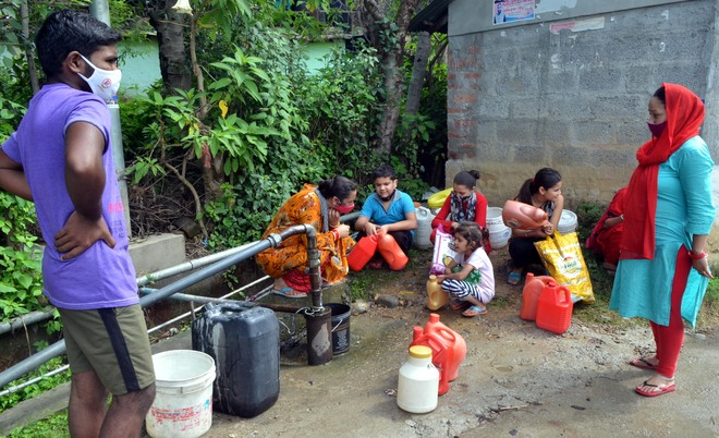 Eight days on, Dharamsala localities battle water crisis
