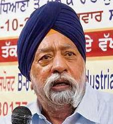 Badals shielding DSGMC chief Manjinder Singh Sirsa, alleges Paramjit Singh Sarna