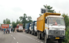 Pathankot: Truckers harassed by cops, allege J&K miners