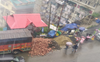 Access to rain shelter blocked at Dev Nagar, Kasumpti