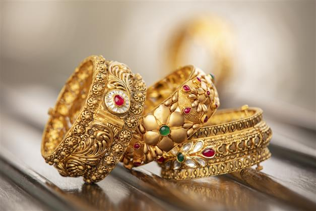 Centre urges jewellery association to reconsider decision to go on strike, calls mandatory hallmarking of gold jewellery 'grand success'