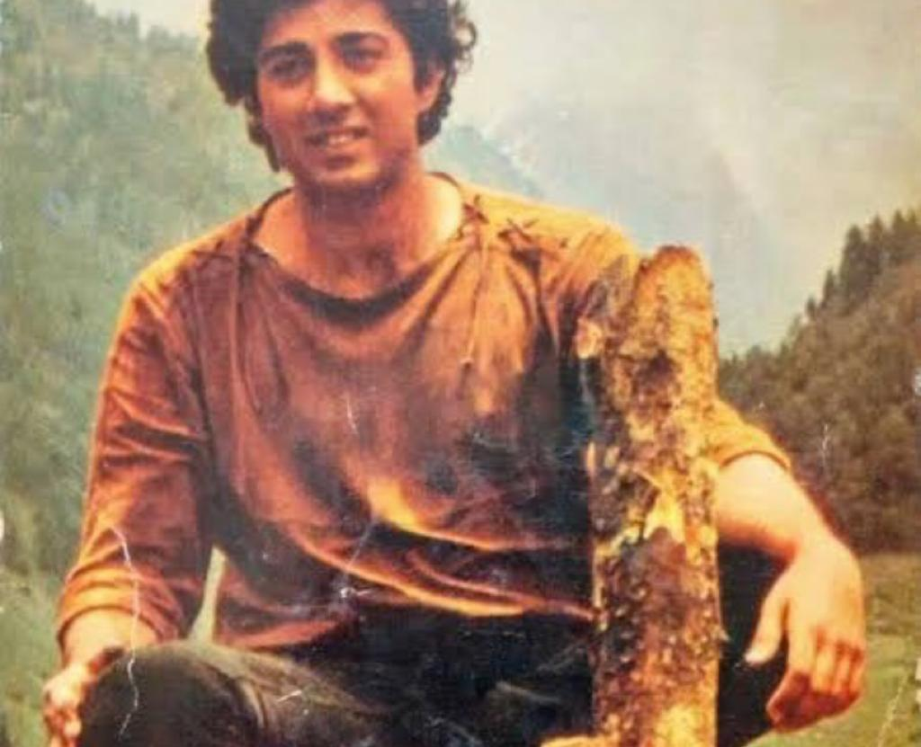 Here's how Sunny Deol celebrated 38 years of debut film Betaab's completion