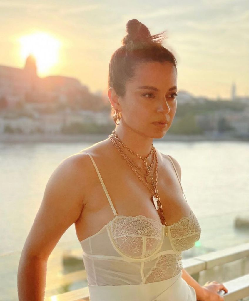 You're a hypocrite', Kangana Ranaut called out for wearing white-sheer  bralette; actor replies 'people who giving me gyan...'